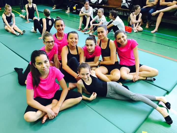 Colomiers nat 39 synchro finale des jeunes et championnats for Piscine gilbert bozon
