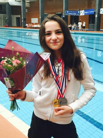 lalie medaille or